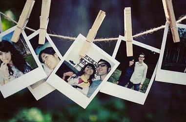 Guirlande d'images Polaroid lors d'un mariage, appareil photo loué avec we love instant